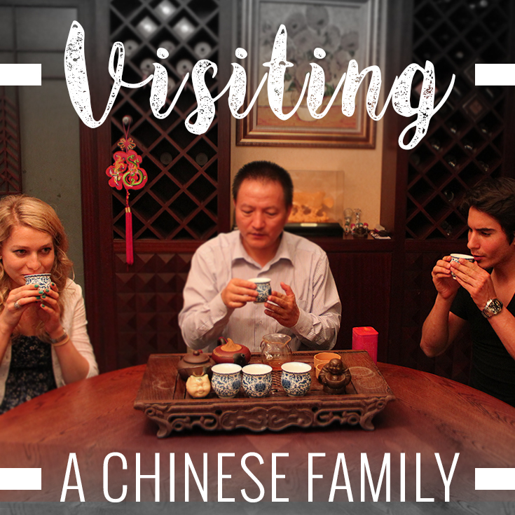Customs When Visiting a Chinese Family